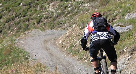 Mountainbike AllMountain Tour: Lower Trela Trail Tour