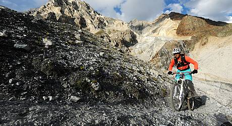 Mountainbike Enduro Tour: Passo Zebrù Trail