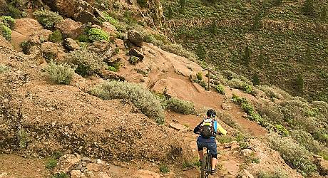 Mountainbike Enduro Tour: Sepultura del Gigante Trail