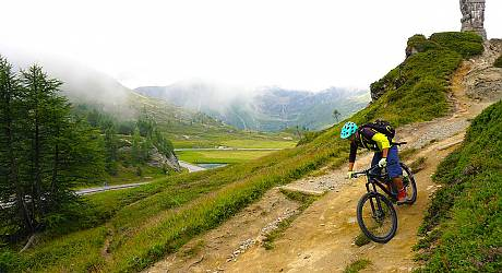 Mountainbike Freeride Tour: Simplon Stockeralp Belalp Special
